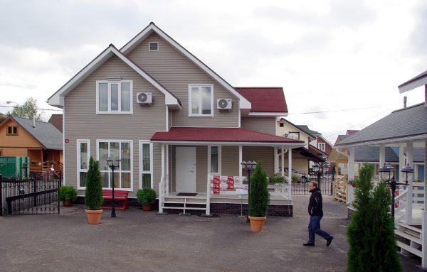 Качественные дачные домики из бруса